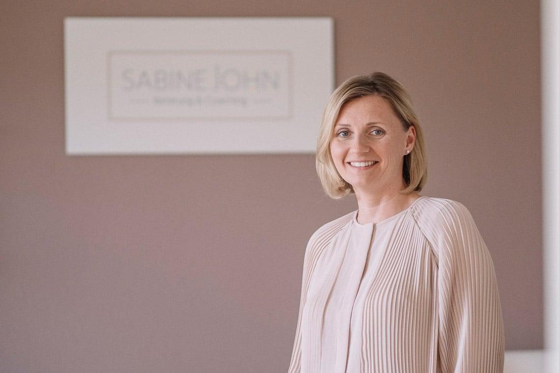 Coach und Beraterin für Paarbeziehung - Sabine John - Stuttgart